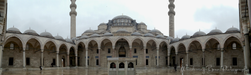 Rain melted the tourists and left me to explore Süleymaniye Mosque in peace.